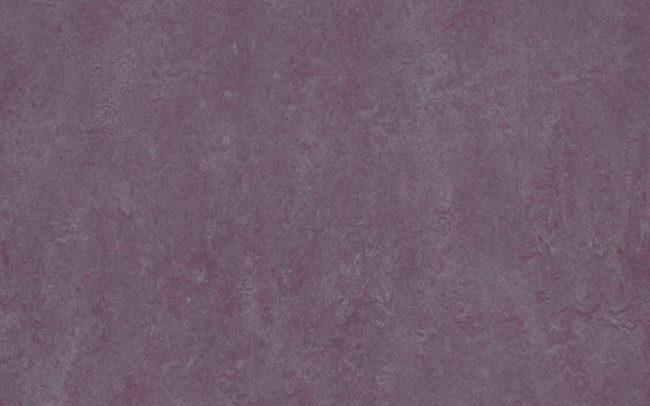 Marmoleum Real 3272 plum